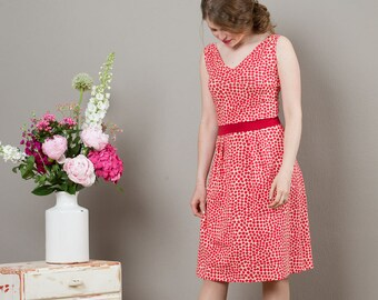 "Sleeveless Summerdress ""Paula"", in red patternd"