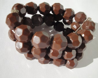 Vintage Multifaceted Brown Three-Strand Bracelet