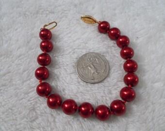 Beautiful South Seas Pearl Bracelet-Burgundy Red