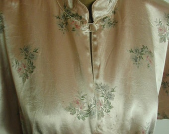 Vintage Floral Satin Dress, Pale Pink with Rose Clusters, Covered Buttons, Long Dress, Dressy Dress, Size 12