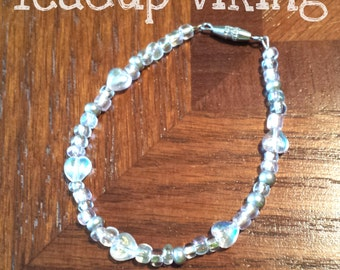 "7"" Opalescent Pink Hearts Glass Bracelet"