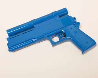 Vintage COLT 45 Water Gun - 1970's Squirt Pistol - Made in the US toy