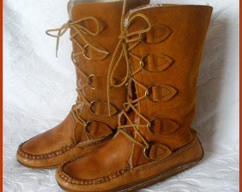 Vintage Mukluks Suede Leather Women's Size 6 Bastien Brothers Canada