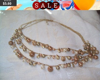 SALE 60% Off vintage pretty multi strand beaded necklace