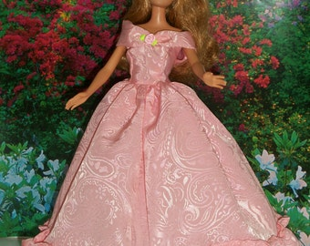 Barbie Pink Princess Gown with Accessories