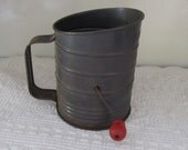 Vintage Bromwell Sifter. Measures 3 Cups. Rustic, Farmhouse, Cottage Kitchen