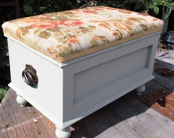 Vintage Footstool/Ottoman/Sewing Box/Treasure Chest