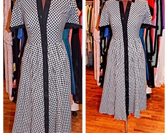 1950s Black and White Gingham Dress Vintage Cotton Daydress Button Down Day Dress Fit and Flare Midi Dress Garden Party Dress