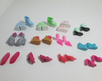 Barbie  Doll Shoe lot / 12  pair as pictured / Mixed Colors / Item 10-313