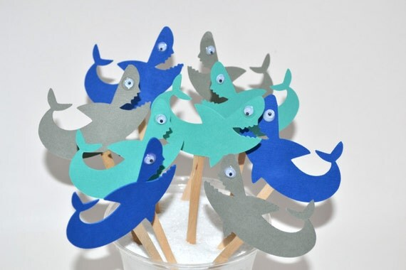 recipe: shark cupcake topper [12]