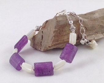 Purple agate and mother of pearl bracelet with heart clasp