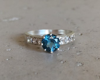 London Blue Topaz Engagement Ring- Blue Gemstone Promise Ring- December Birthstone Ring- Solitaire Anniversary Prong Ring- Classic Blue Ring