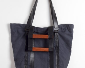 Canvas Bag - Cotton and leather handmade bag with wooden handle. 100% handmade -Made in Italy-