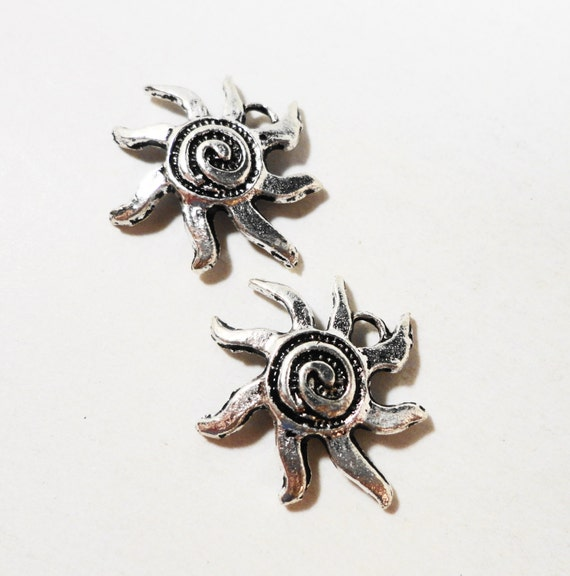 10pcs Silver Sun Charms 18mm Antique Silver Spiral Sun Charm, Sun Pendants, Metal Charms for Bracelets and Jewelry Making, Craft Supplies