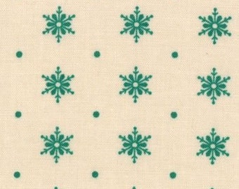Moda - Dear Mr. Claus by Cosmos Cricket Snowflakes 37036-23 in Eggnog/Green by the Yard