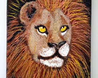 "Art Magnet ACEO size 2.5"" x 3.5"" Mini-Canvas Acrylic Lion with metallic highlights"