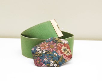 Vintage Floral Tapestry Belt / 80s Green PEARL Cinch Waist Belt / Small
