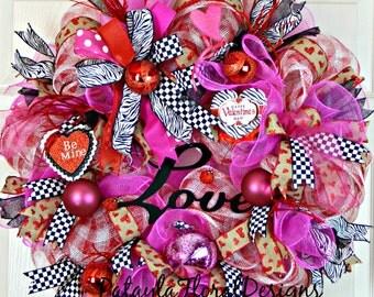 Valentine Wreath, Mesh Valentine's Wreath, Red Pink Wreath,  Deco Mesh Wreath, Be Mine Valentine, Love Wreath, Valentine's Decoration