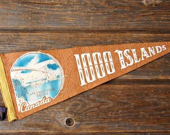 Vintage 1000 Islands International Bridge Canada Orange Felt Souvenir Pennant
