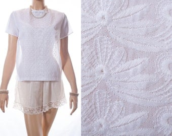 Delightful 1950's vintage ivory white really sheer nylon and embroidered front panel detail button back sleeveless blouse - DB219