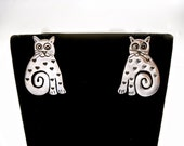 "Designer RICHARD LINDSAY Vintage Artisan ""Happy Critters"" Cats Sterling Silver  Earrings  Signed RL"