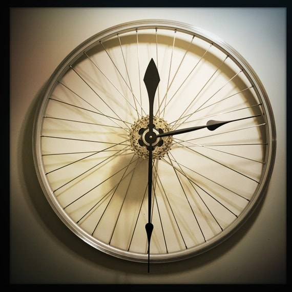 Bicycle wheel clock bike gift large wall clock steampunk for Bicycle wheel wall art