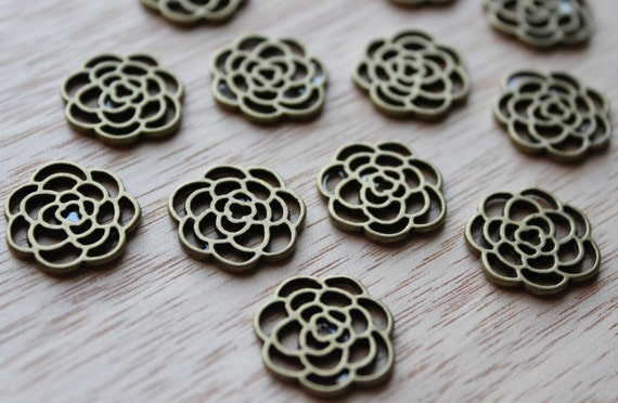 Jewelry Supplies- 4 pieces. 16mm Antique Bronze Round Filigree Flower Base Setting Connector Link Charms Pendant - Little Laser Lab