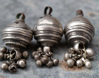 Indian pendant antique tribal gypsy silver balls with bells nomad amulet ethnic hindu vintage bell dangles
