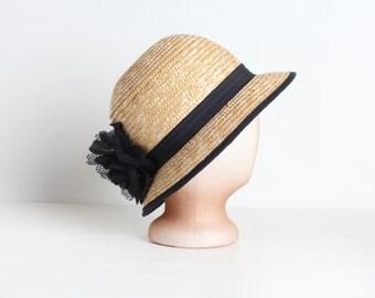 Vintage Women's Woven Cloche Hat with Black Flower