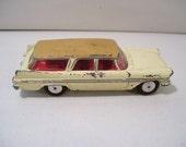 Vintage Corgi Plymouth Sports Suburban #219 Wagon Die-cast Car, 1950's, Great Britain, 1/43 Scale