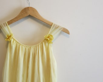 Beauty and the Beast Belle cosplay dress Pinup nightie yellow chiffon cupcake night gown mod 1960s M