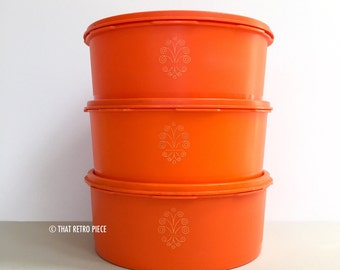 Tupperware cake canisters (two remaining)