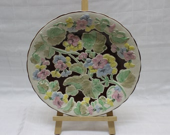 Vintage Floral-Inspired Raised Pattern Dinner Plate - Made in England