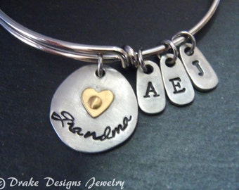 grandmother mothers day gift. grandma bracelet Personalized with initials
