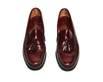 Vintage Shoes, LL Bean Shoes, Oxblood Leather Loafers, Men's Tassel Shoes, Men's Size 8.5 Shoes, Men's Size 8 1/2 Loafers, L.L. Bean Loafers