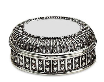 Personalized  Oval Jewelry Box Engraved Free