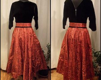 1950s Black Velvet & Red Taffeta Swing Dress MODERNIST Print Holiday Midcentury Modern Glamour Pin Up Kitsch Old Hollywood Circle Skirt