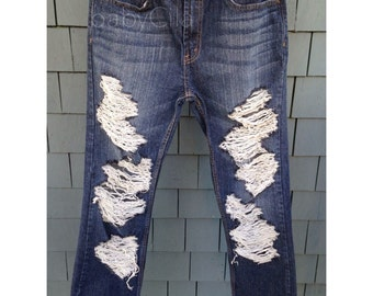 Distressed Levi Jeans