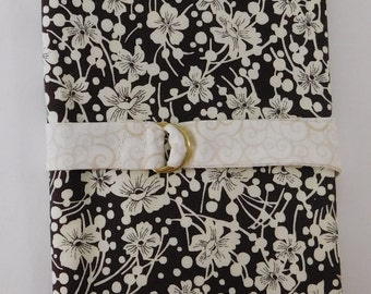 Crochet Hook Case Brown and Cream Floral
