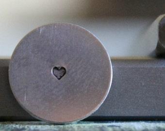 1.5mm Solid Heart Metal Design Stamp - SGUB-21
