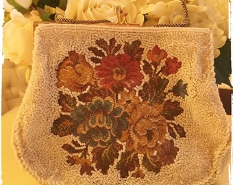 Sweet TAPESTRY AND BEADS Purse