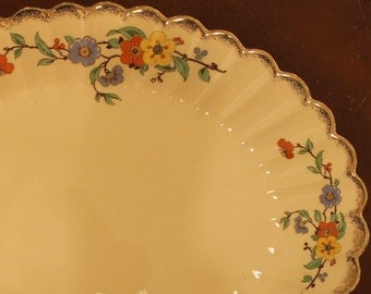 "Sebring Golden Ware platter or tray: sweet vintage pottery ""Briardale"" 22 carat gold trim"