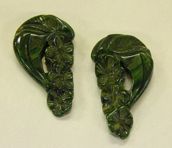 Vintage Bakelite Floral Carved Dress Clip Set
