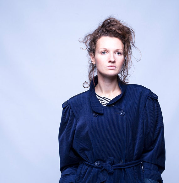 blauer samt mantel damen mantel marineblauen mantel. Black Bedroom Furniture Sets. Home Design Ideas