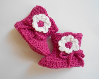 baby girl crochet booties,baby girl shoes,baby girl fuchsia booties ,baby girl flower booties,crochet baby shoes