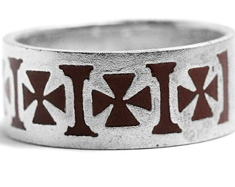 Iron Cross Enamel Ring Silver