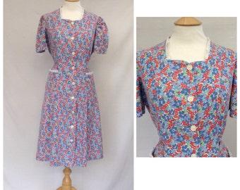 1940s Dress ,Housewife, Floral Print WW11, UK size 12-14, US size 10-12.