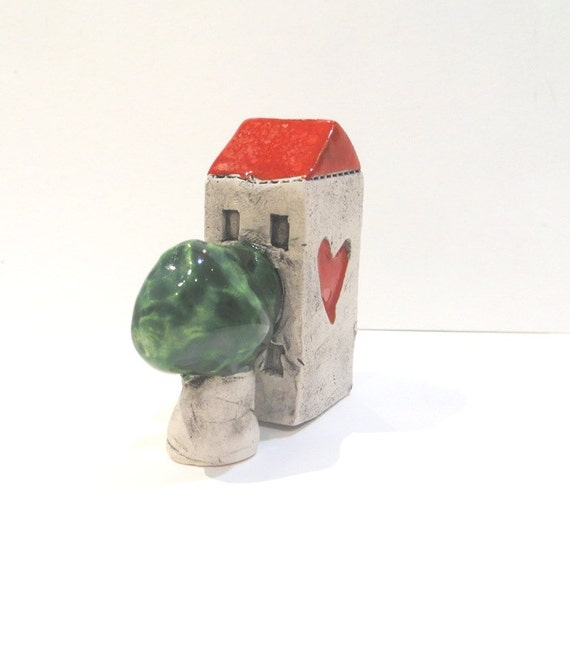 Little Ceramic House Miniature House Little Rustic Cottage Ceramic House with Red Roof and Ceramic Tree