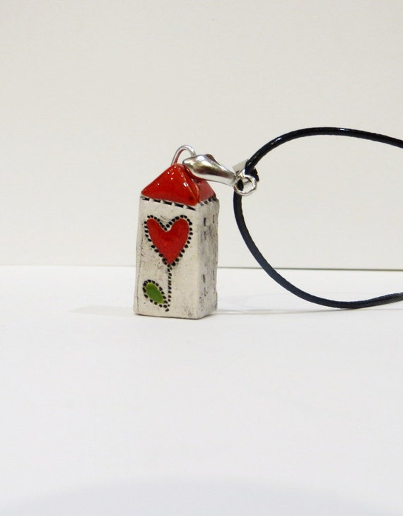 Mini Ceramic House Necklace, Unique, House with a heart flower, handmade ceramic, OOAK, Adorable Gift, handmade