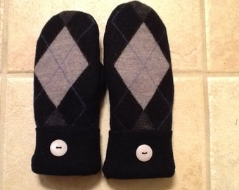 Wool Black argyle sweater mittens